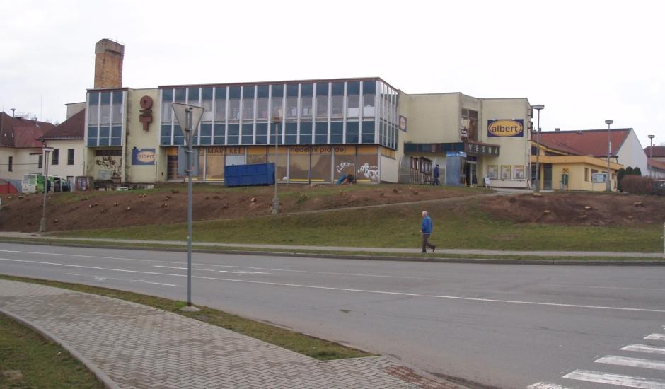 Hotové úpravy veřejné zeleně v Pacově na Pelhřimovsku.