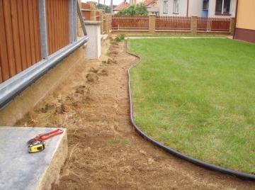 závlahové systémy trnava třebíč oddělení trávníku od keřů